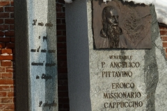 monumento-esterno-a-bra